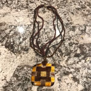 Jewelry - Brown and gold beaded necklace